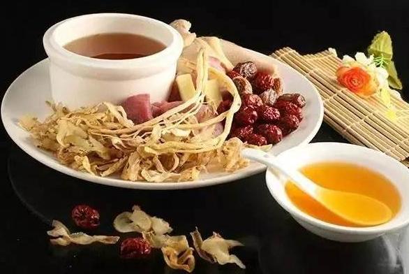 中医治疗癌症晚期吃不下饭方法有什么