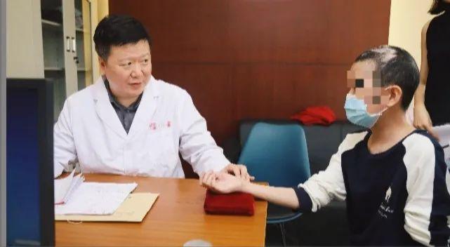 中医能看出癌症吗 中医把脉能看出癌症吗