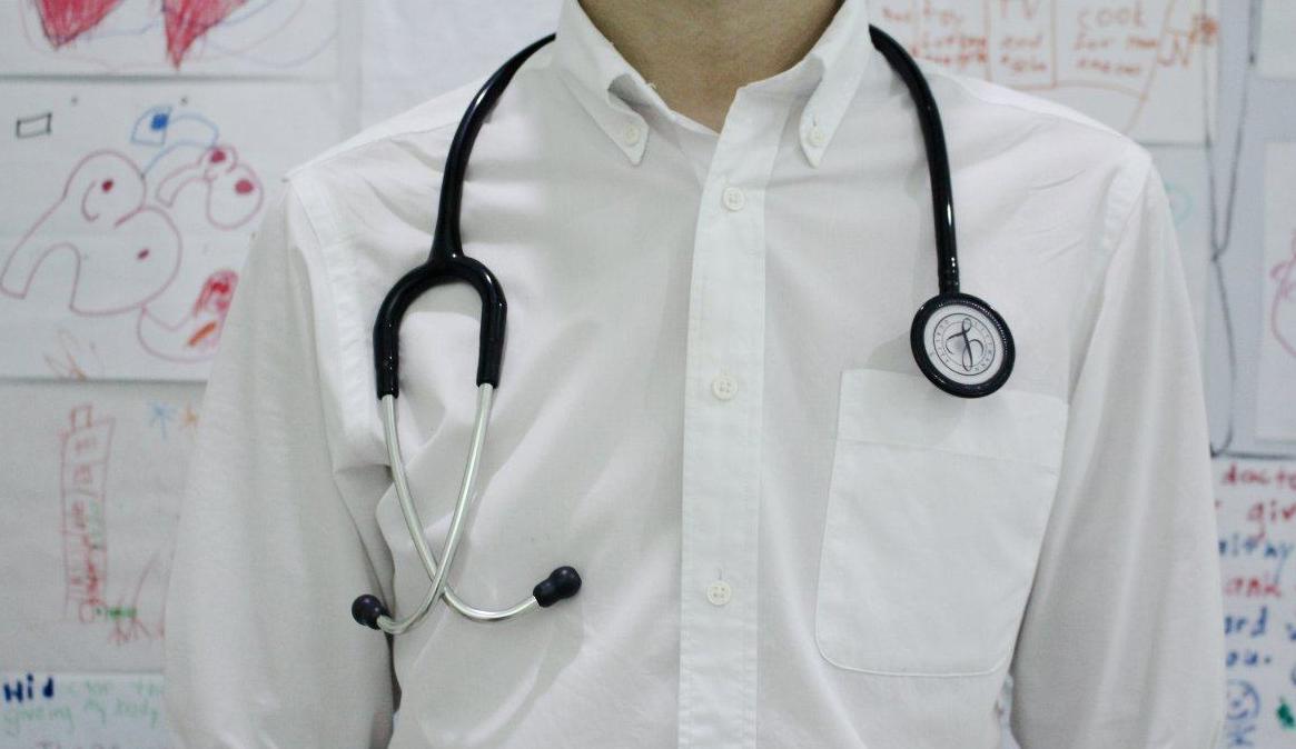 直肠癌中晚期怎么办